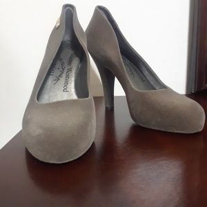 💥SPECIAL!!!!!Vivienne Westwood Heels Size 8💥